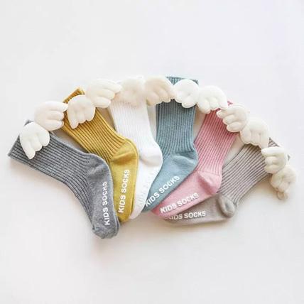 Knee socks with wings