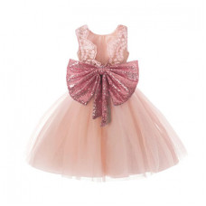 Puffy dress with a gold bow