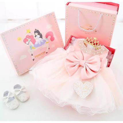 Gift set for baby girls