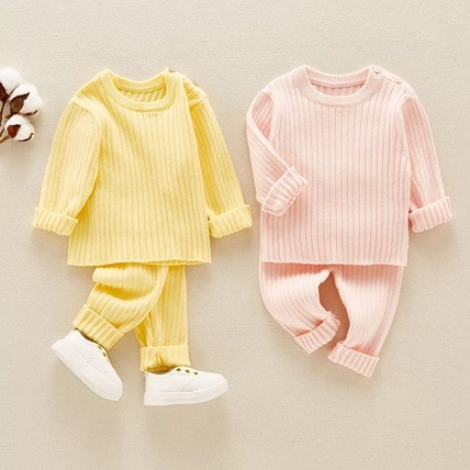 Knitted girls set with a cap